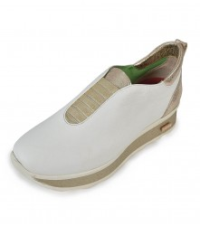 Loafer: Slipon White